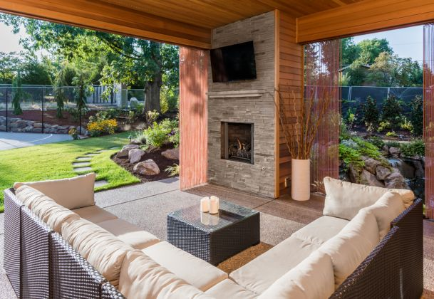 outdoor entertainment, smart home automation, Little Rock AR, Crestron dealer, hometronix, outdoor AV, outdoor audio, outdoor lighting, outdoor shading